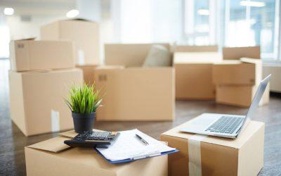 Kartony z regulowaną wysokością – świetna opcja do pakowania paczek